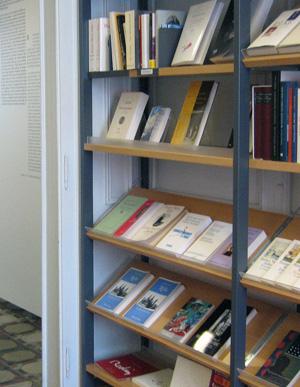 Bücherecke und Museumsshop